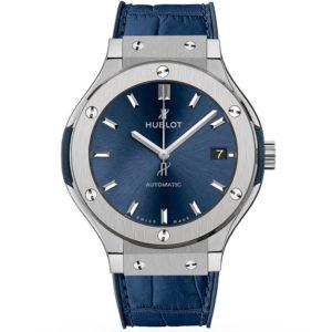 Часы Hublot Classic Fusion Titanium Automatic Blue 42 mm