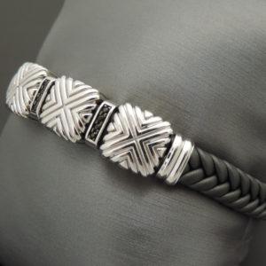 Мужской браслет Zanсan из серебра на кожанном ремешке